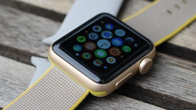 5 năm từ con số 0, Apple Watch khiến các ông lớn toát mồ hôi như thế nào? - 4