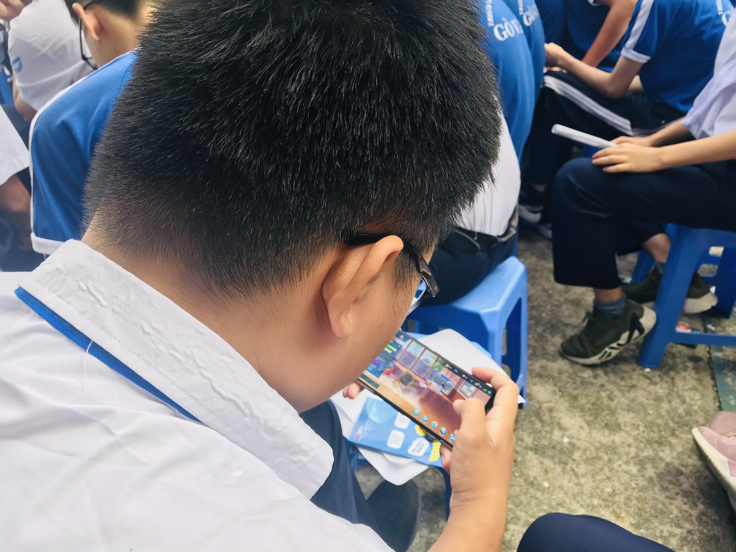 Smartphone làm tê liệt học trò - 6
