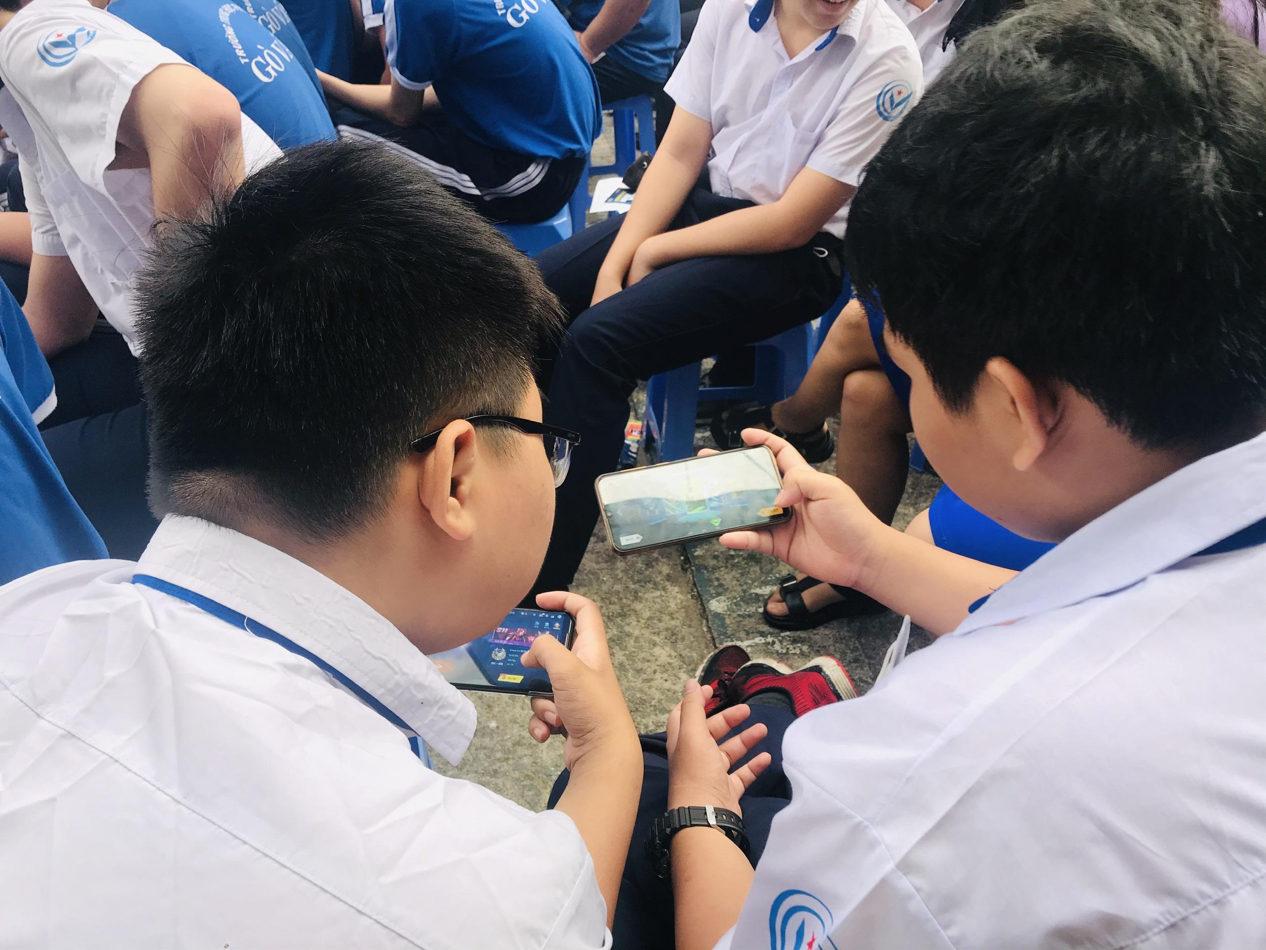Smartphone làm tê liệt học trò - 7