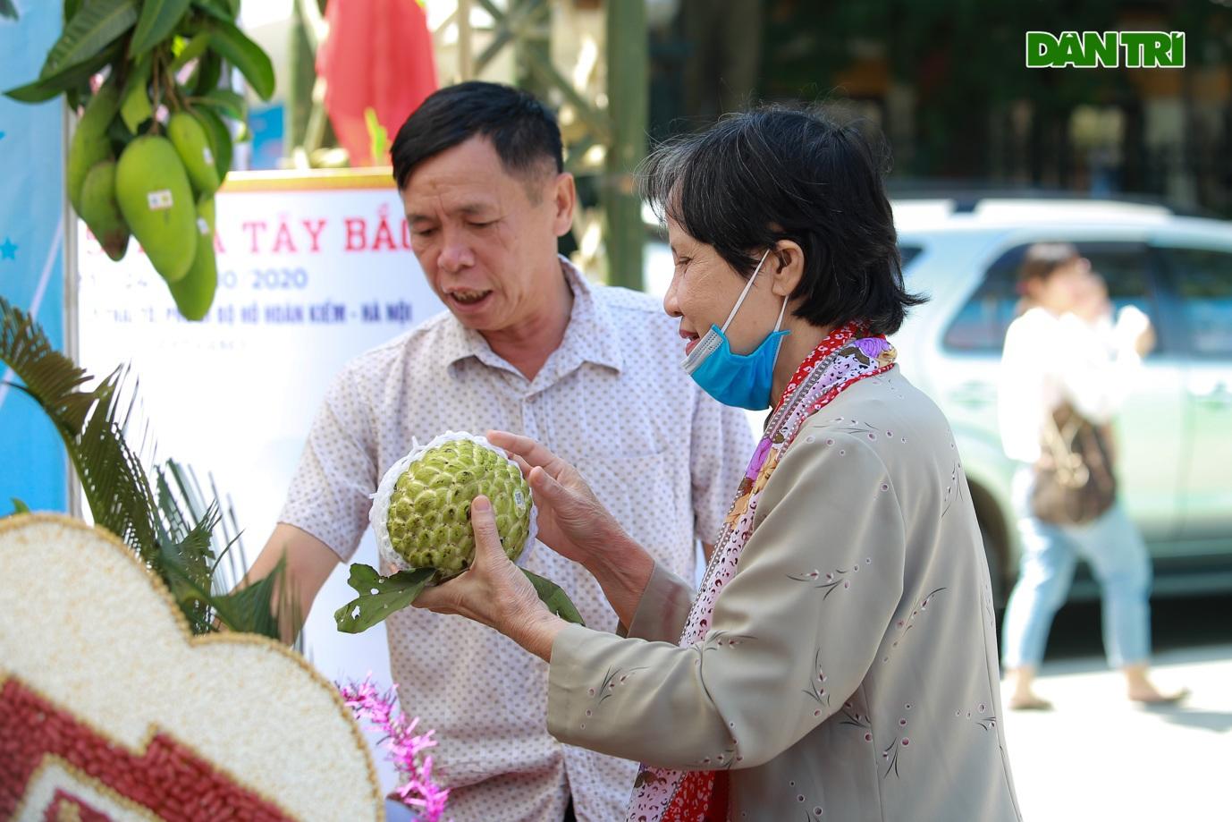 Đặc sản na khổng lồ Lạng Sơn hút khách ở Hà Nội - 3
