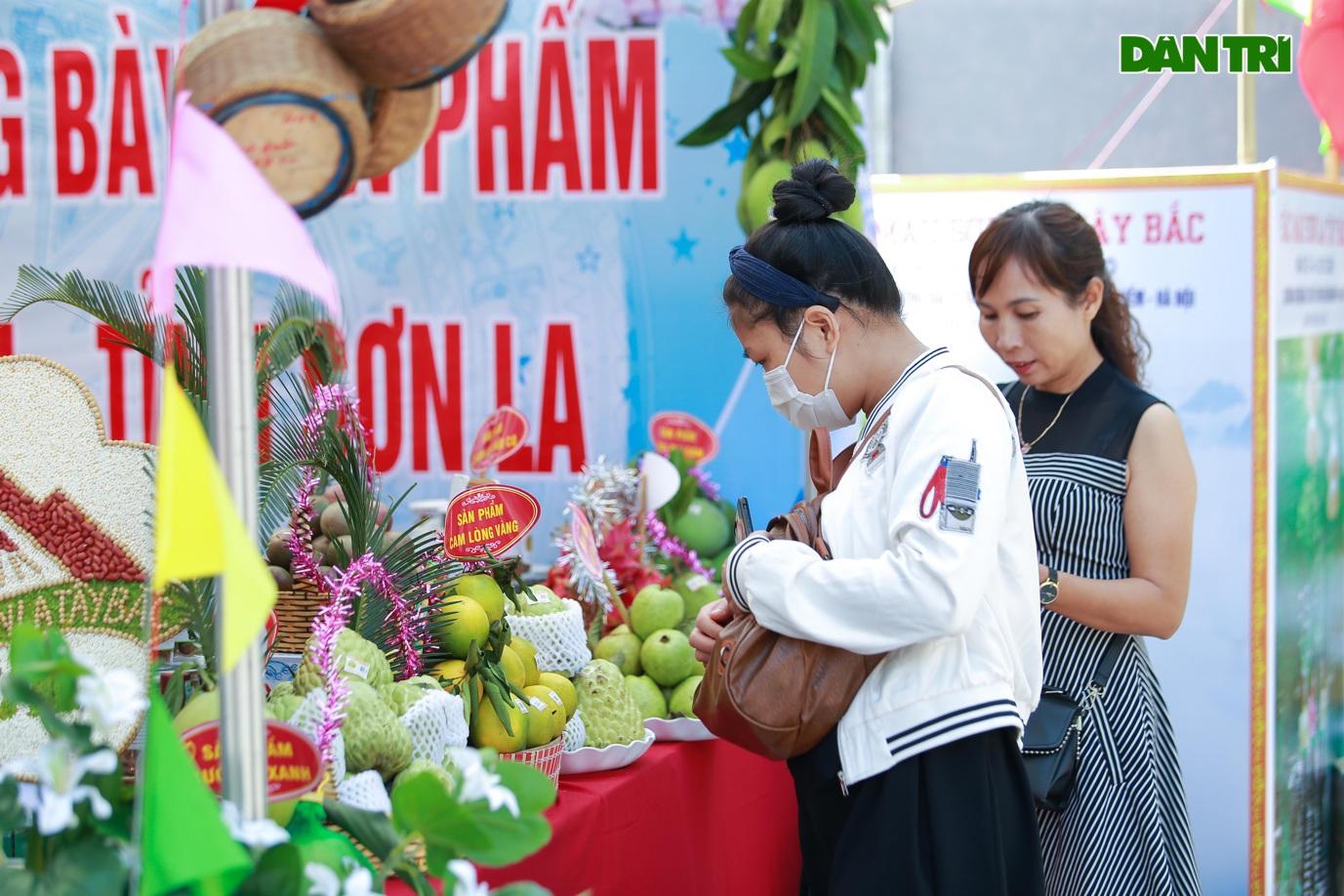 Đặc sản na khổng lồ Lạng Sơn hút khách ở Hà Nội - 12