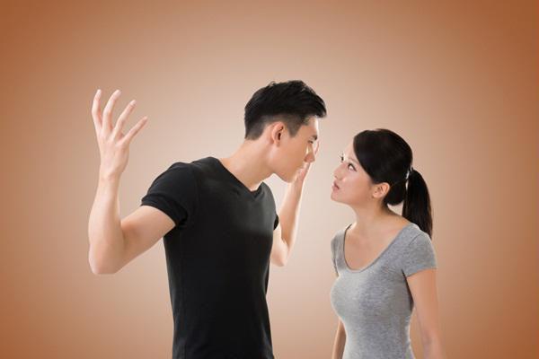 Vợ chồng suốt ngày mạt sát nhau nhưng sau ly hôn bất ngờ ứng xử lịch sự - 1