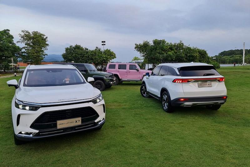 Ô tô Trung Quốc: Tốt thực sự hay khách mua xe cuồng quá mức? - 1