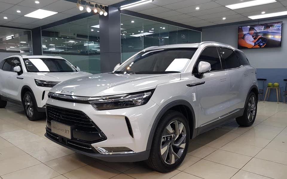 Ô tô Trung Quốc: Tốt thực sự hay khách mua xe cuồng quá mức? - 3
