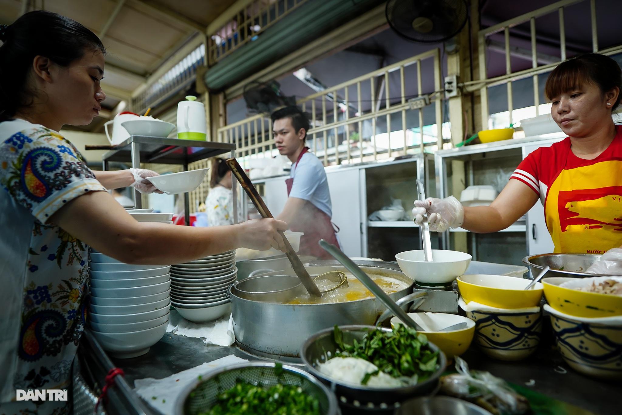 5 quán ăn ngon trứ danh tồn tại hơn 50 năm ở Sài Gòn - 2