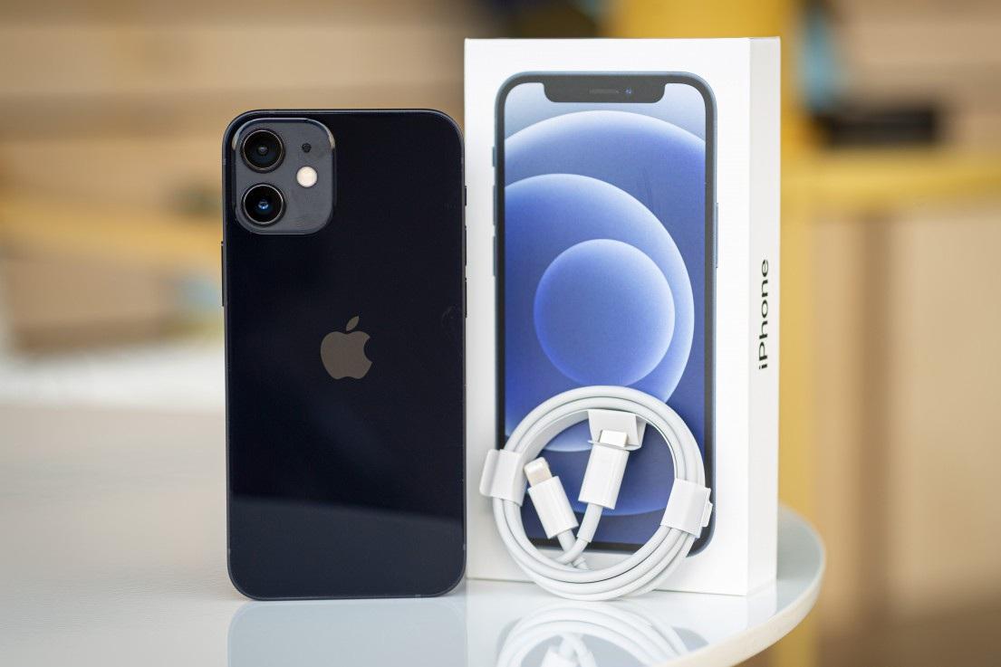 iPhone 12 và 12 mini bất ngờ giảm giá sau một tuần về Việt Nam - 2