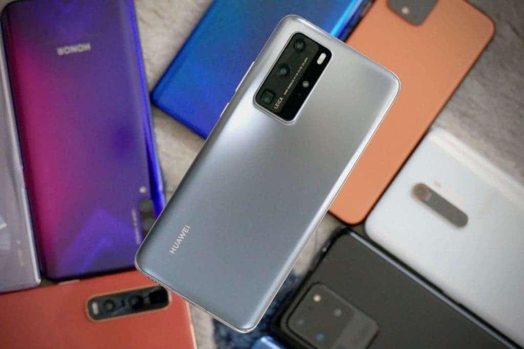 Doanh số smartphone toàn cầu giảm kỷ lục 8,8% trong năm 2020 - 2