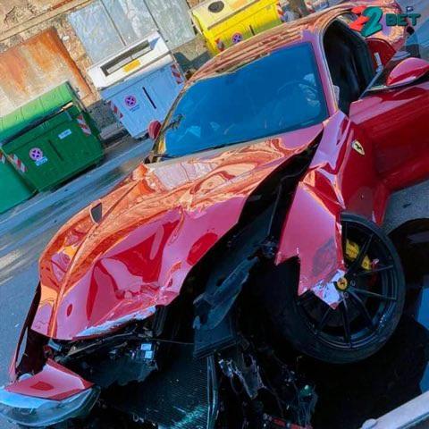 Giao chìa khóa cho thợ rửa xe, chủ siêu xe Ferrari nhận cái kết đắng - 4