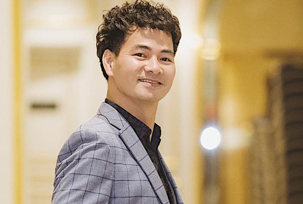 NSƯT Xuân Bắc: Làm Giám đốc không gây áp lực đến vai diễn trong Táo quân - 2