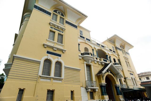 Những dinh thự hoành tráng của 3 đại gia giàu có bậc nhất Nam Bộ xưa - 2