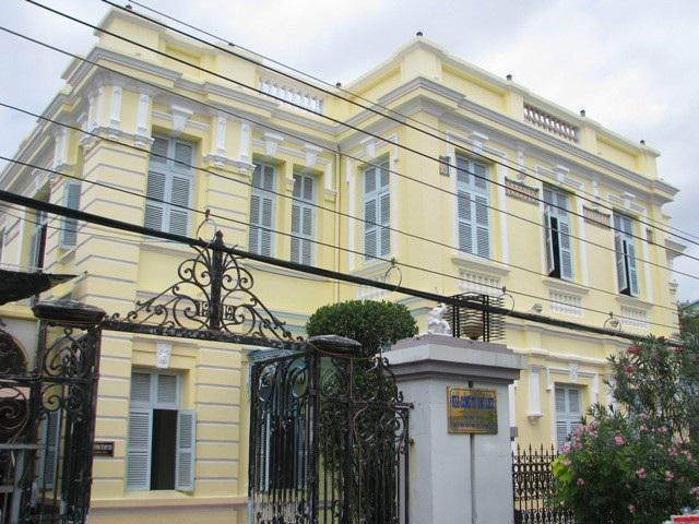 Những dinh thự hoành tráng của 3 đại gia giàu có bậc nhất Nam Bộ xưa - 5