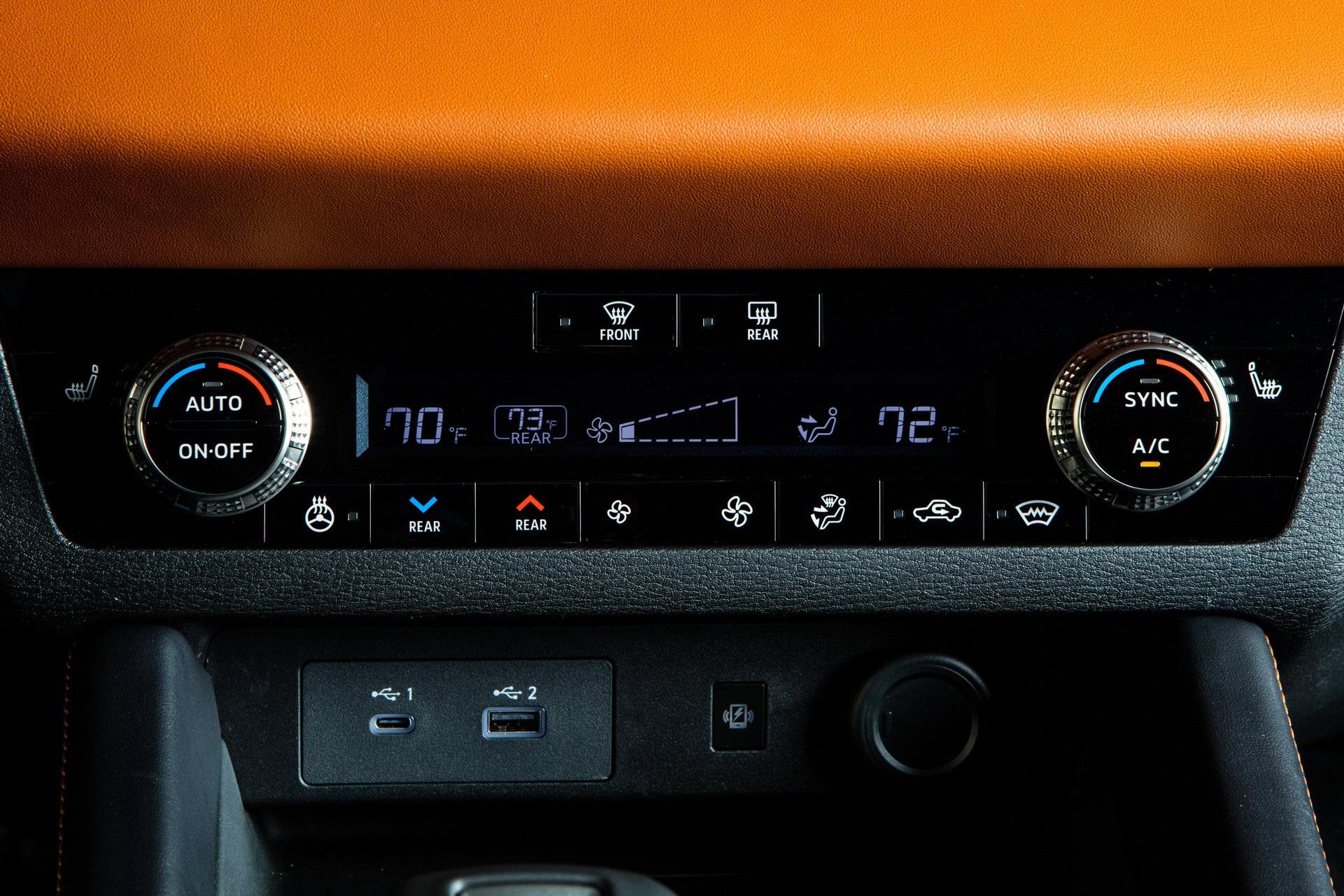 Mitsubishi Outlander 2022 ghi điểm về thiết kế, bị trừ điểm động cơ - 44