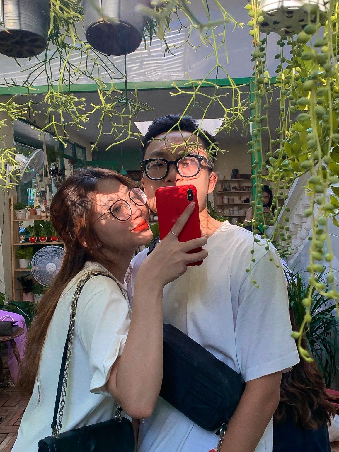 Tình yêu gian nan của các cặp đôi yêu xa trong mùa dịch - 2