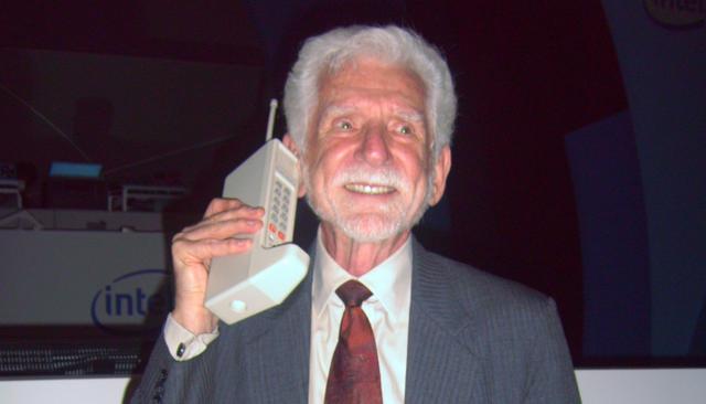 10 mẫu điện thoại nổi tiếng nhất lịch sử, bạn biết bao nhiêu trong số này? - 1