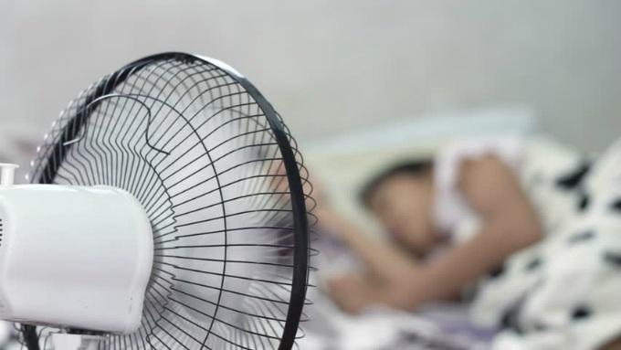 5 mẹo giúp điều hòa mát siêu tốc trong ngày nắng nóng - 2