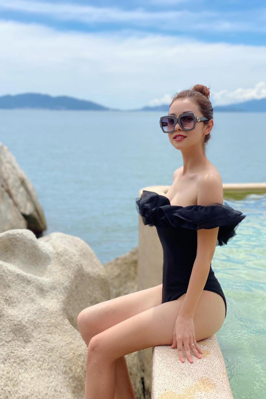 Cuộc sống sang chảnh, hạnh phúc của những hoa hậu Việt đông con - 5