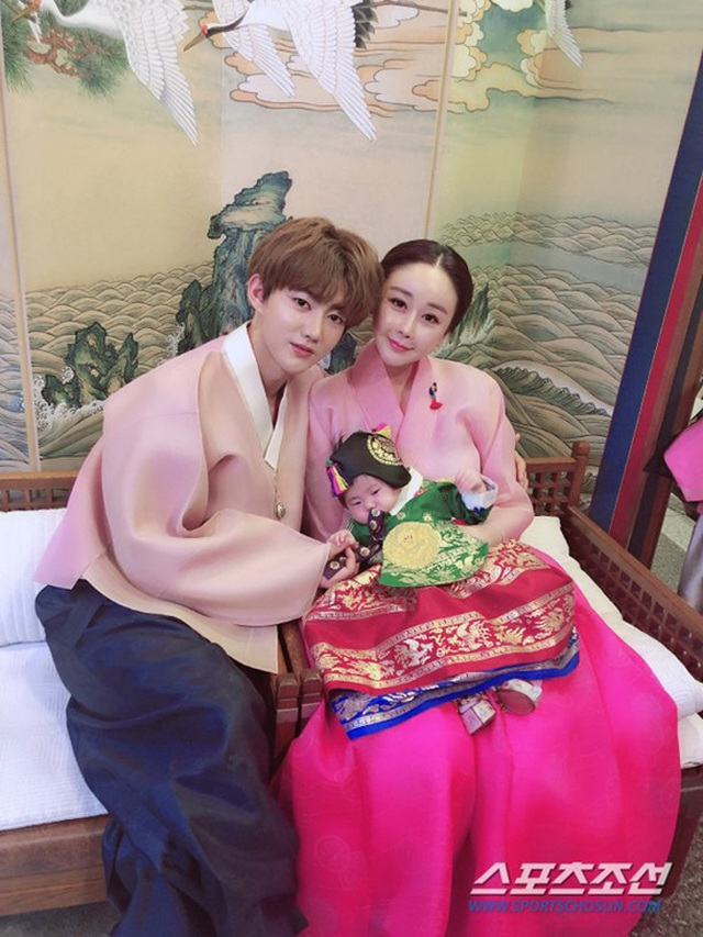 Hôn nhân nhiều thị phi của hoa hậu Hàn với phi công kém 18 tuổi - 6
