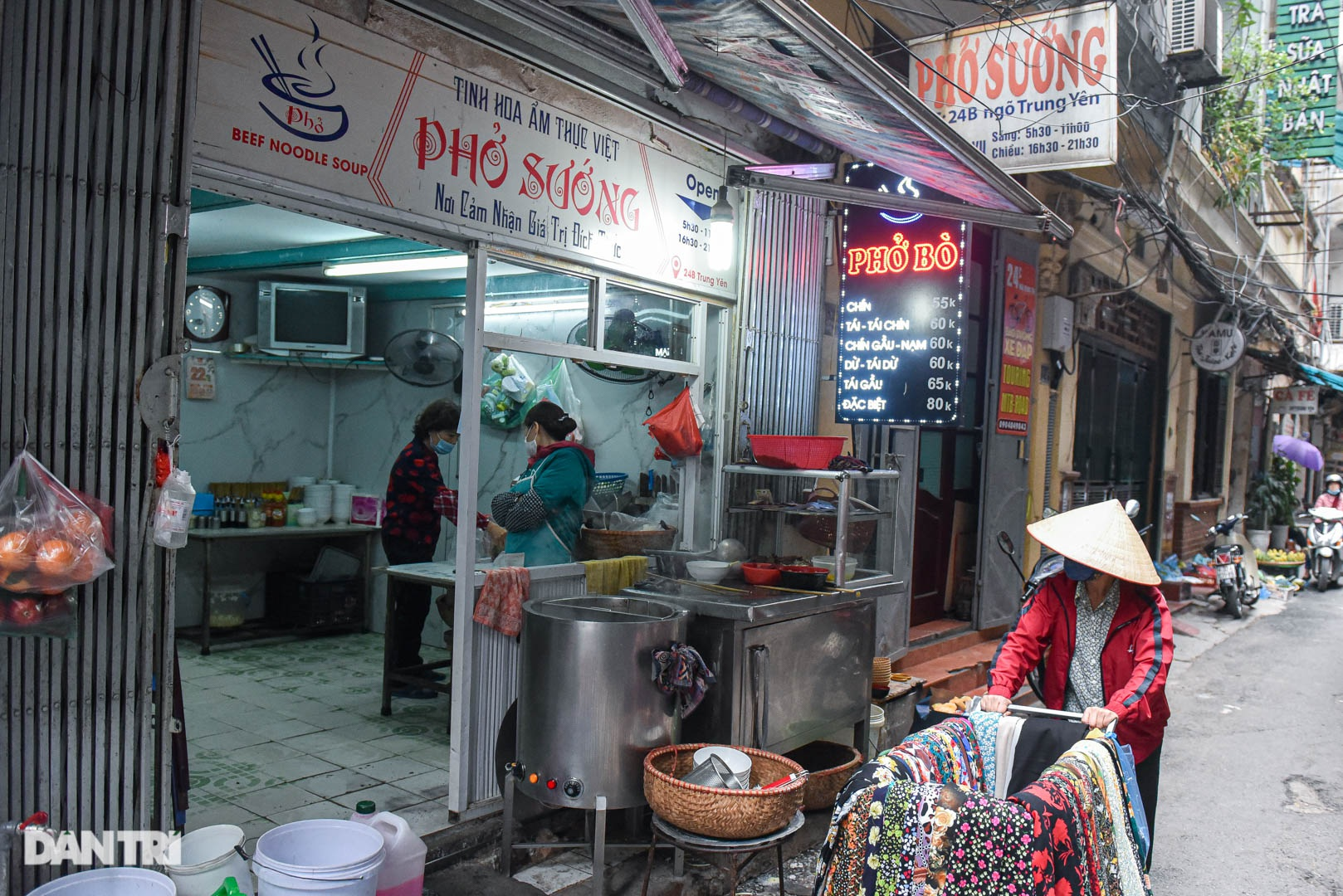 5 quán phở hút khách bậc nhất Hà Nội: Đã ngon, tên còn cực độc - 5