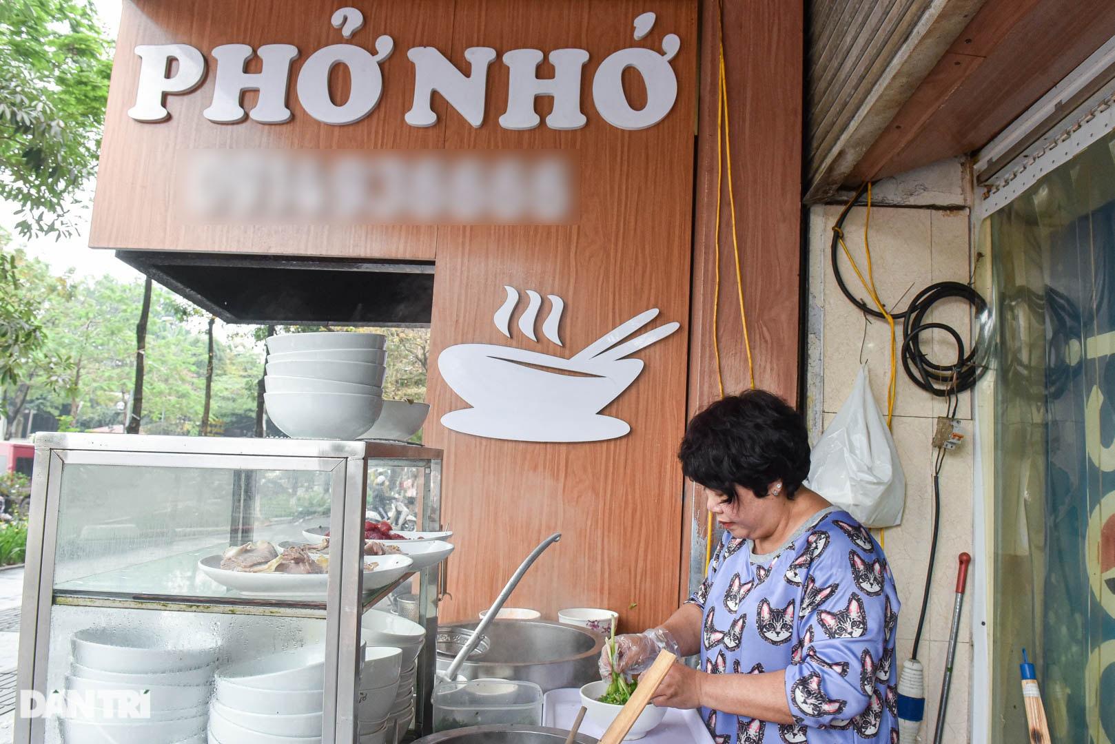 5 quán phở hút khách bậc nhất Hà Nội: Đã ngon, tên còn cực độc - 1