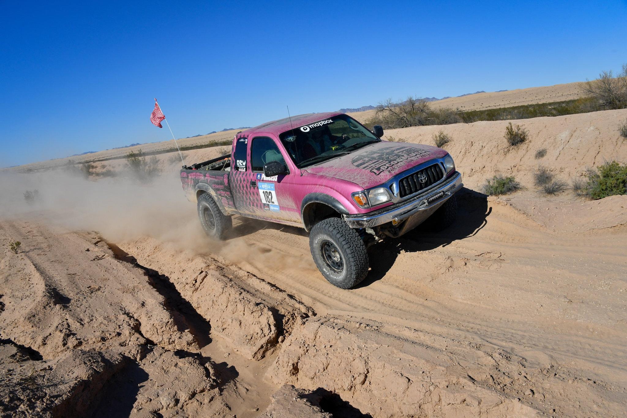 Rebelle Rally - giải đua off-road đầu tiên dành cho các tay lái nữ - 2