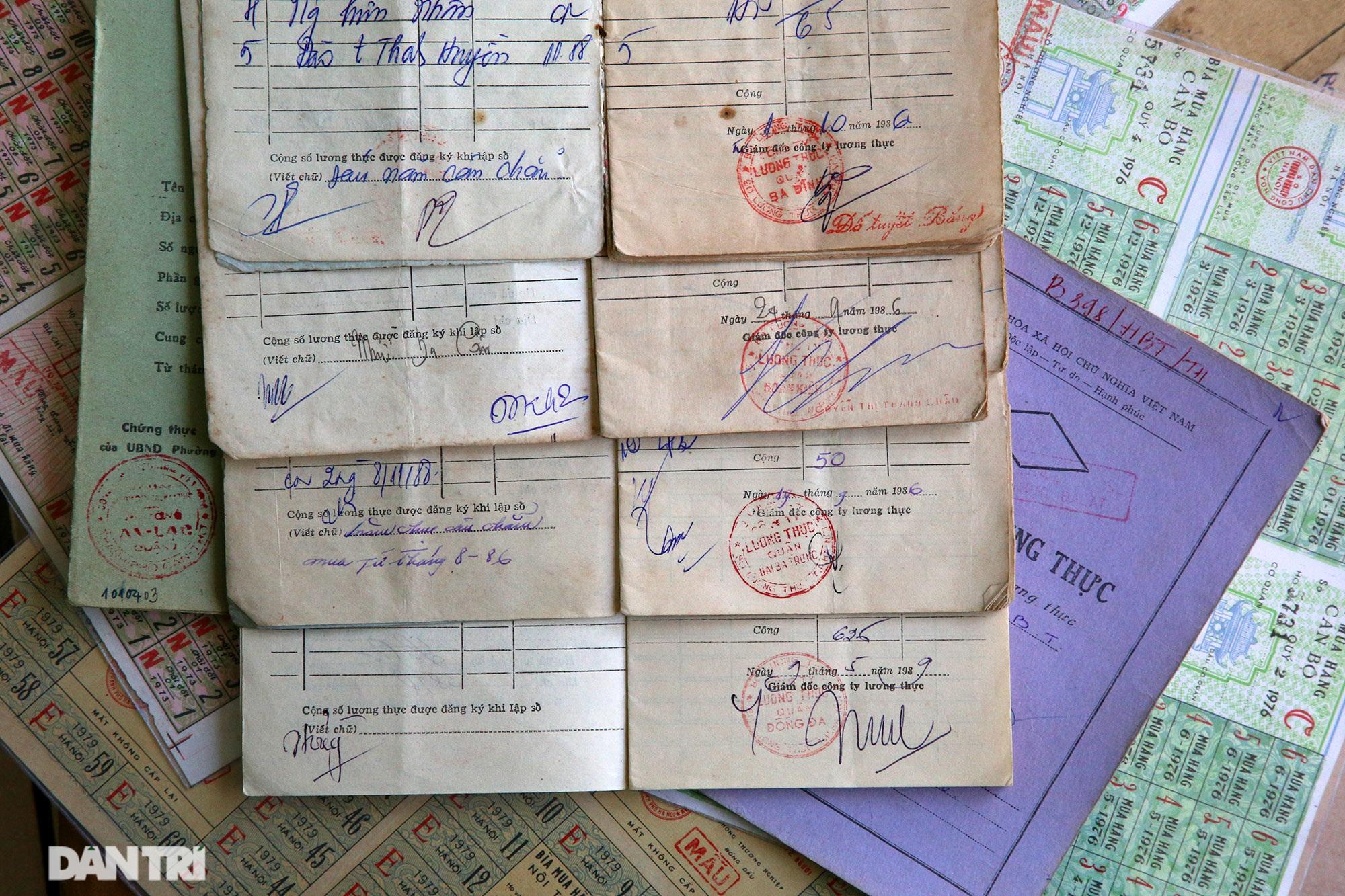 Ký ức gian khó qua bộ sưu tập tem phiếu, sổ gạo thời bao cấp - 3