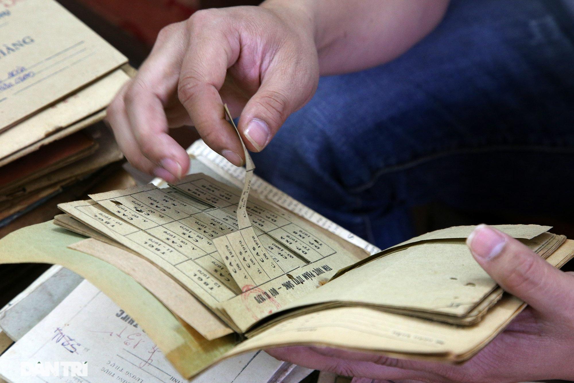 Ký ức gian khó qua bộ sưu tập tem phiếu, sổ gạo thời bao cấp - 6