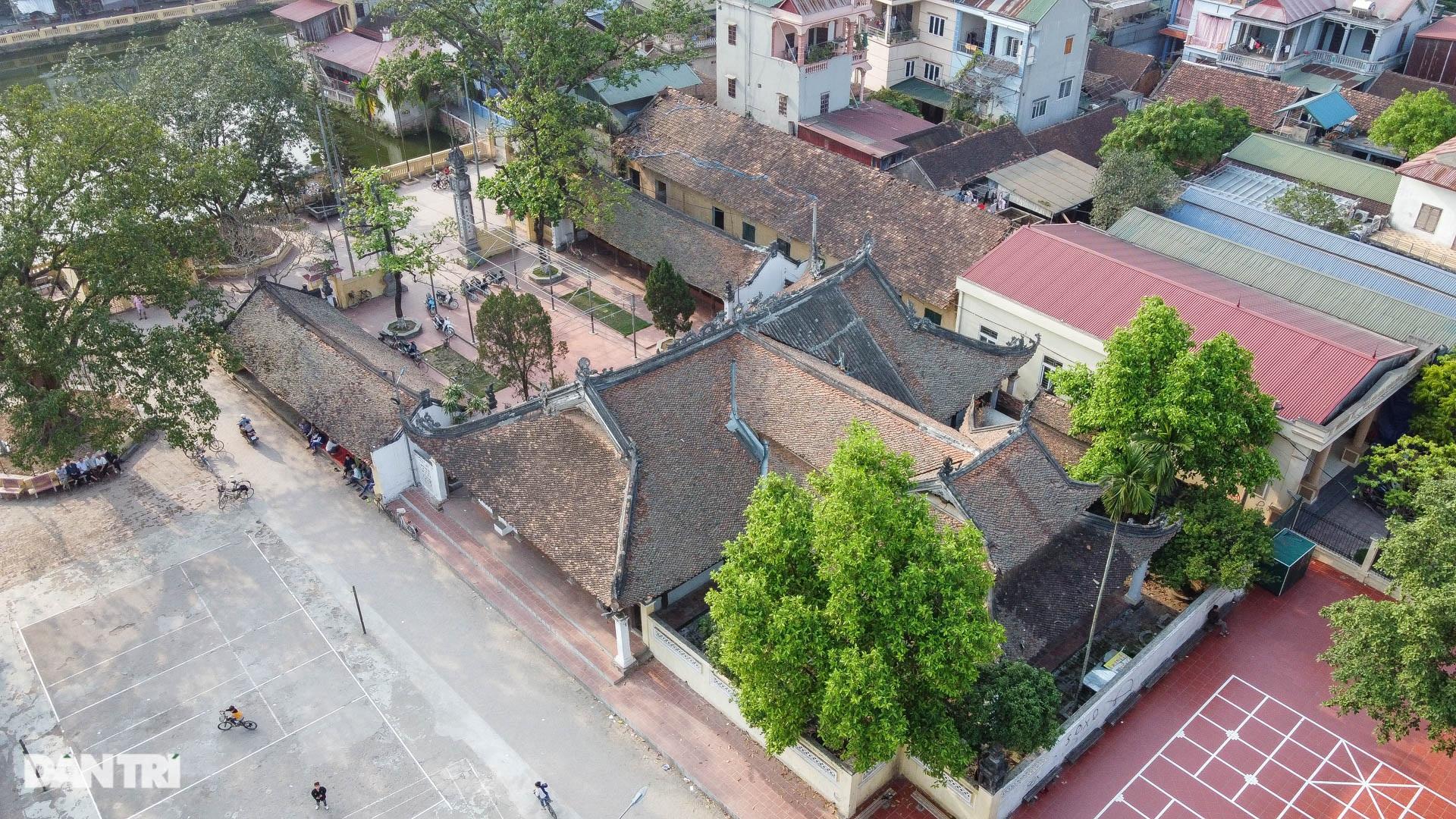 Đình làng từ gỗ gụ nhỏ nhất Việt Nam, giá nào cũng không bán - 1
