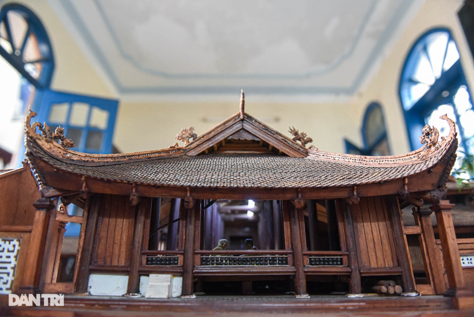 Đình làng từ gỗ gụ nhỏ nhất Việt Nam, giá nào cũng không bán - 13