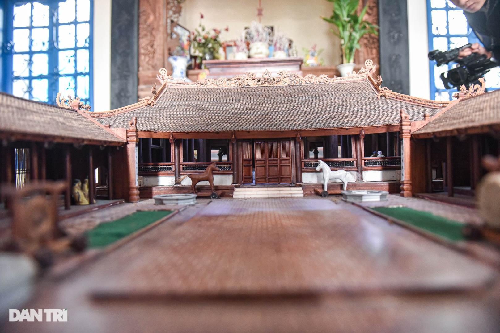 Đình làng từ gỗ gụ nhỏ nhất Việt Nam, giá nào cũng không bán - 4