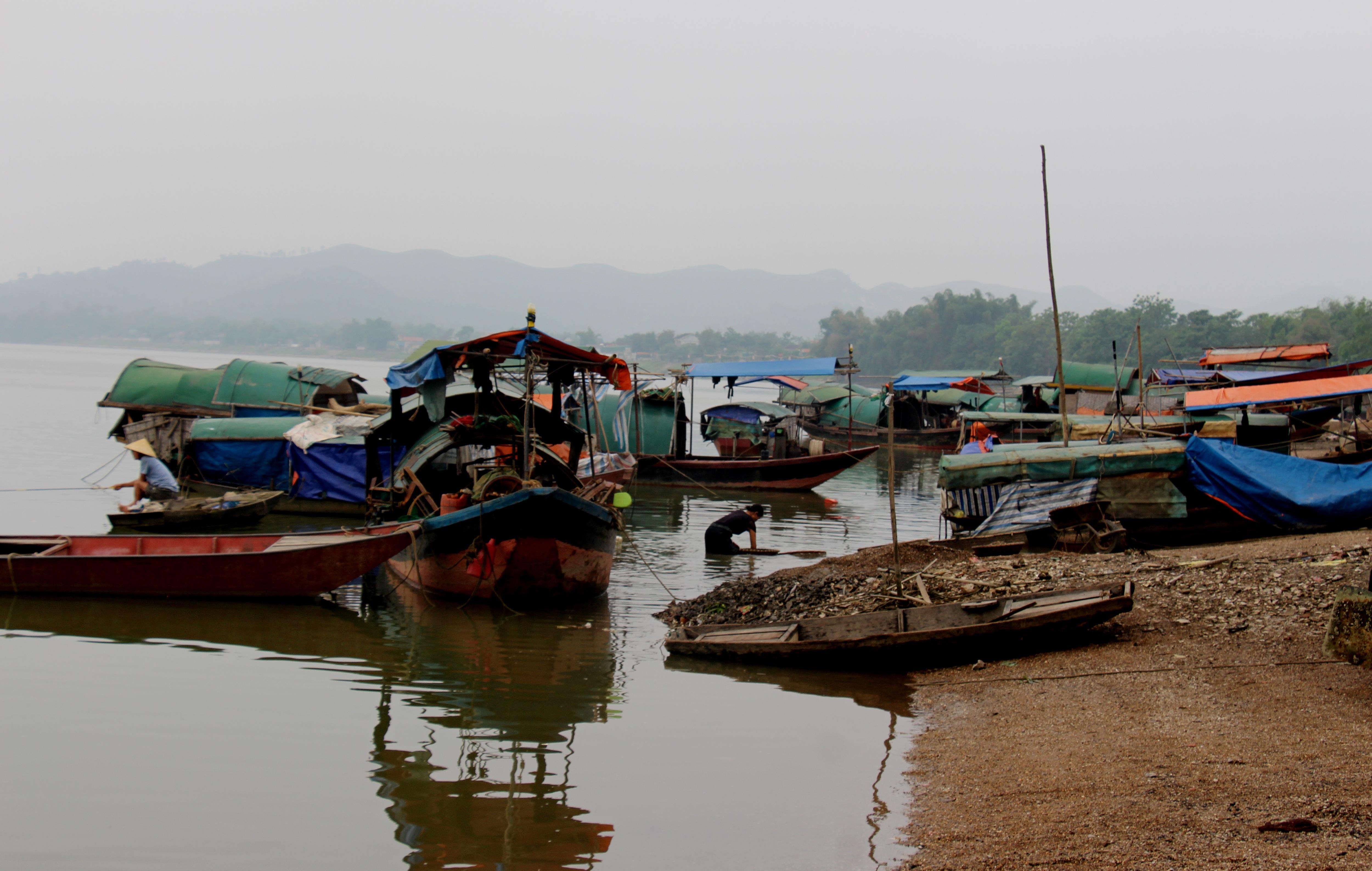Làng đãi hến hơn 300 năm bên bờ sông La - 2