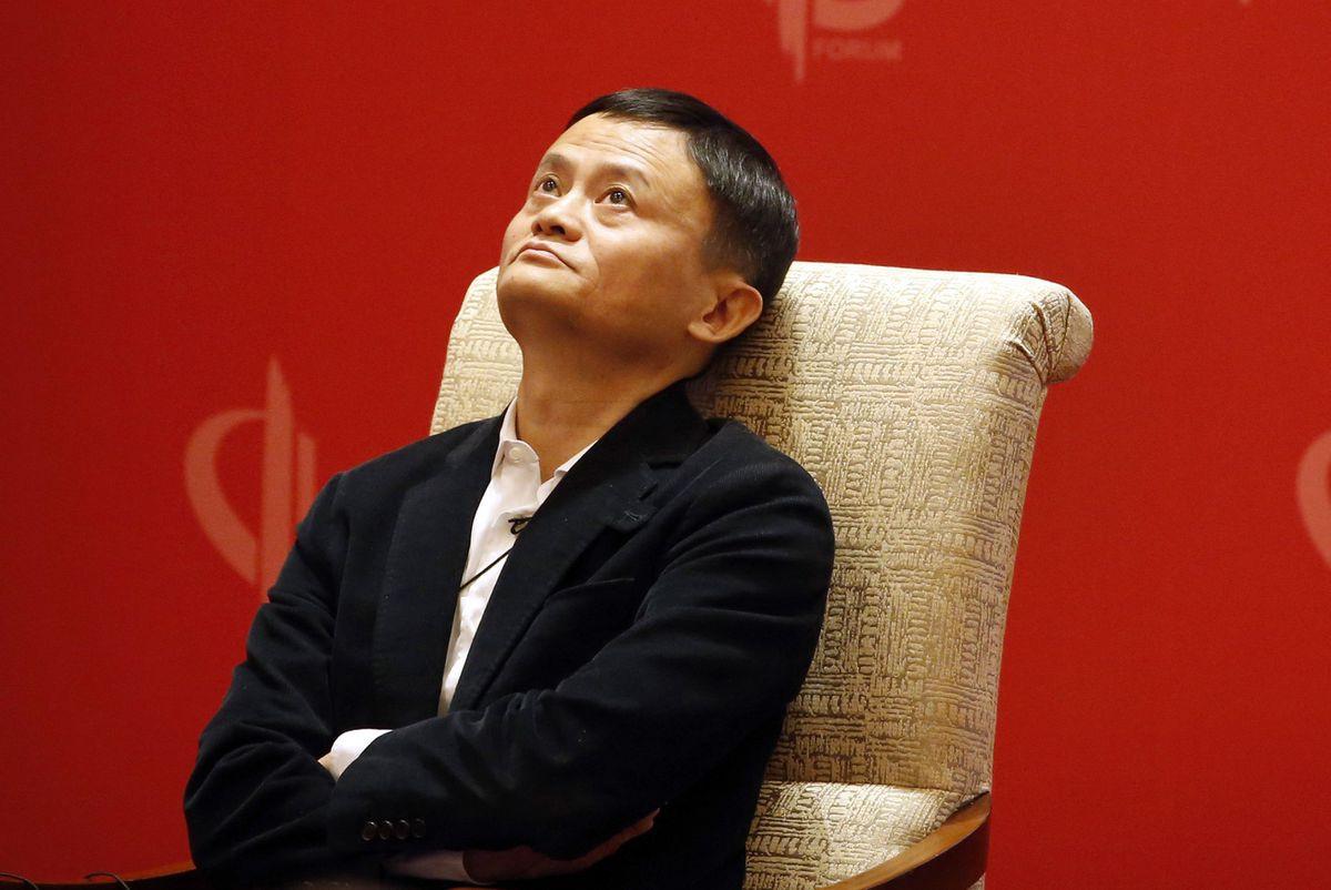 Phản ứng không thể ngờ của Alibaba sau án phạt 2,8 tỷ USD - 2