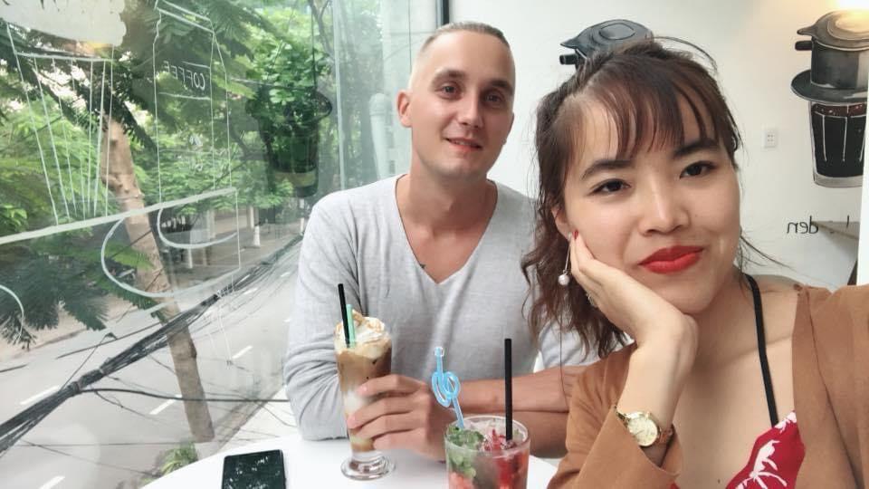 Gặp cô gái Đắk Lắk nghèo, chàng trai ngoại quốc vẫn quyết lấy làm vợ - 1