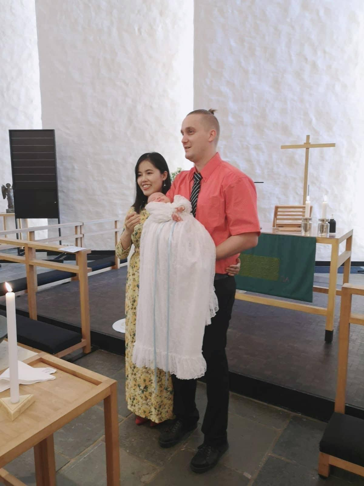 Gặp cô gái Đắk Lắk nghèo, chàng trai ngoại quốc vẫn quyết lấy làm vợ - 4
