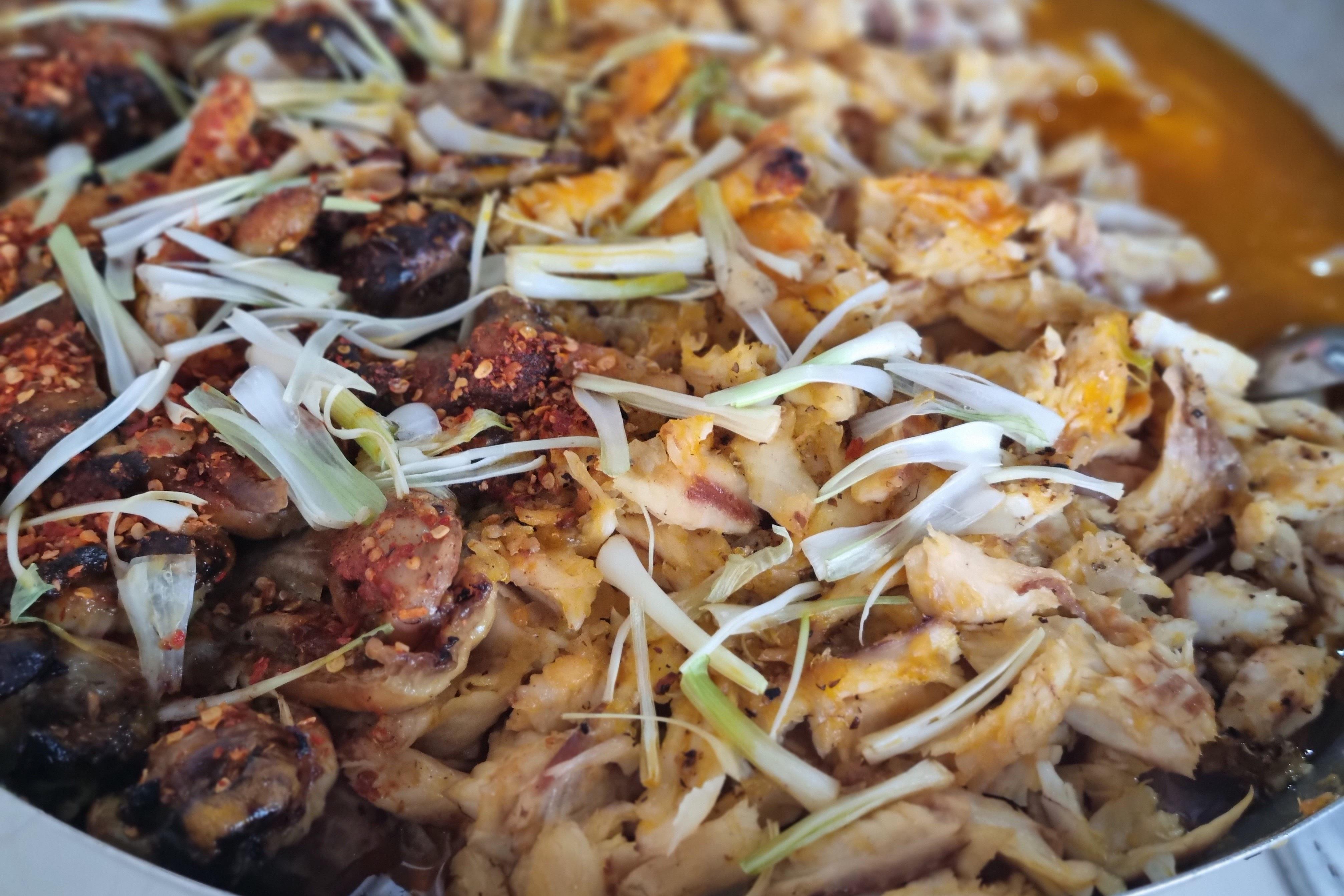 Quán bánh canh cá lóc vùng ven Đà Nẵng, mỗi sáng bán 350 tô - 4