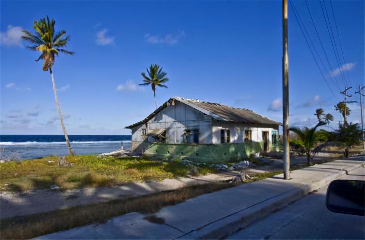 Lạ lùng hòn đảo giàu có nhờ kiếm tiền từ... phân chim - 3