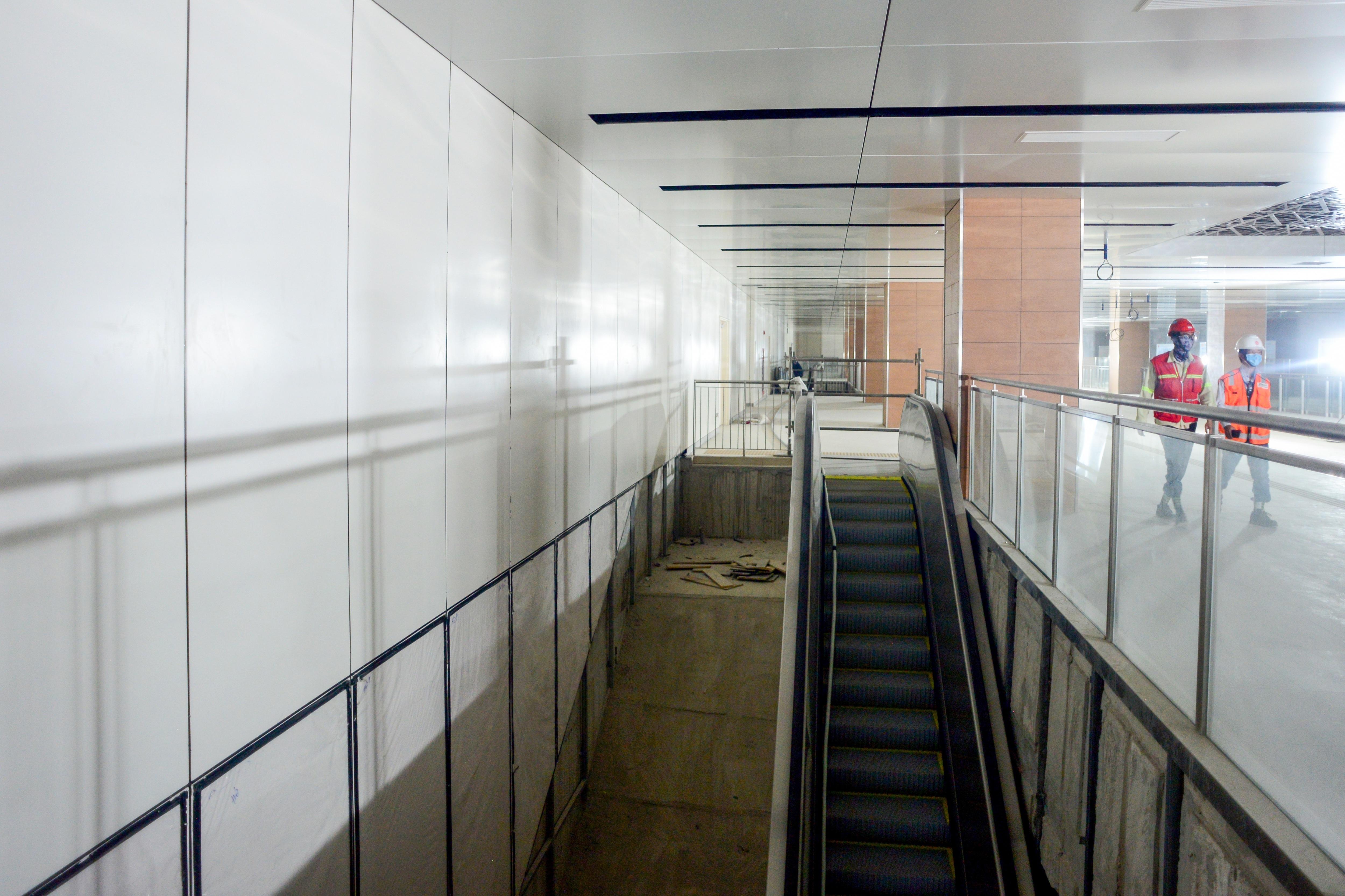Ngắm tuyến metro đầu tiên của TPHCM sau gần 10 năm chờ đợi - 7