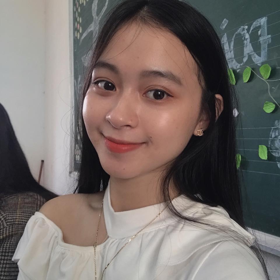 Nữ sinh Quảng Bình xinh xắn, hát dân ca ngọt như mía lùi - 6