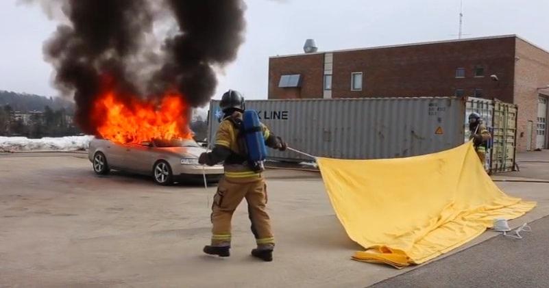 Tìm hiểu về chăn chữa cháy ô tô - 1