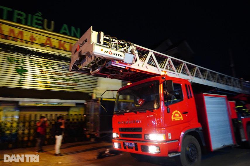 Hiện trường vụ cháy làm 8 người tử vong thương tâm ở TP HCM - 3