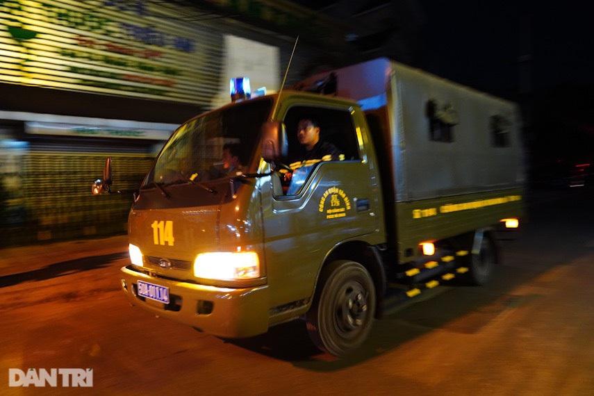 Hiện trường vụ cháy làm 8 người tử vong thương tâm ở TP HCM - 11