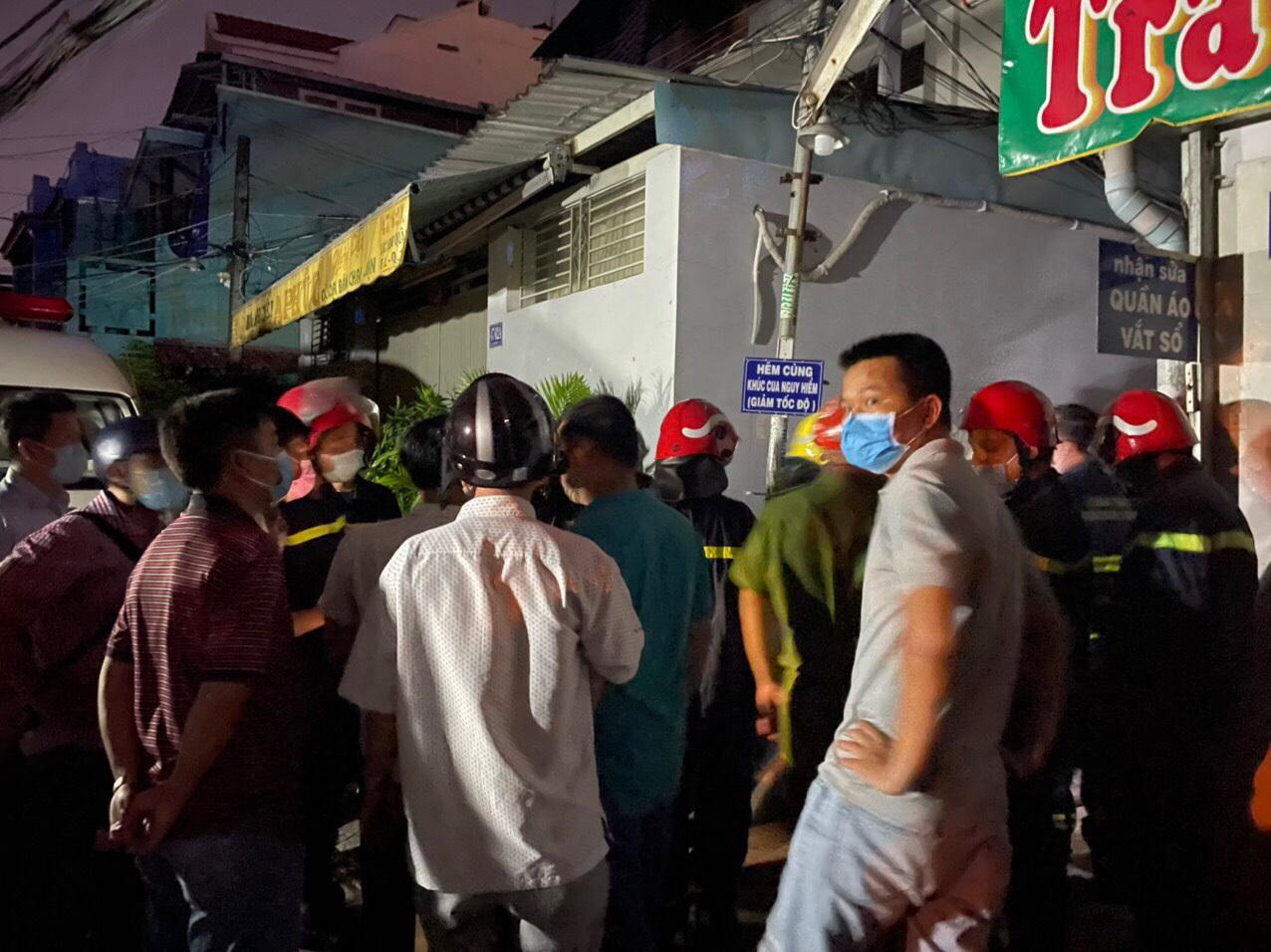 Hiện trường vụ cháy làm 8 người tử vong thương tâm ở TP HCM - 7