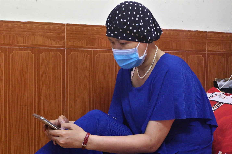 Bệnh nhân xóm ung thư đứng ngồi không yên chờ ngày quay lại bệnh viện - 4
