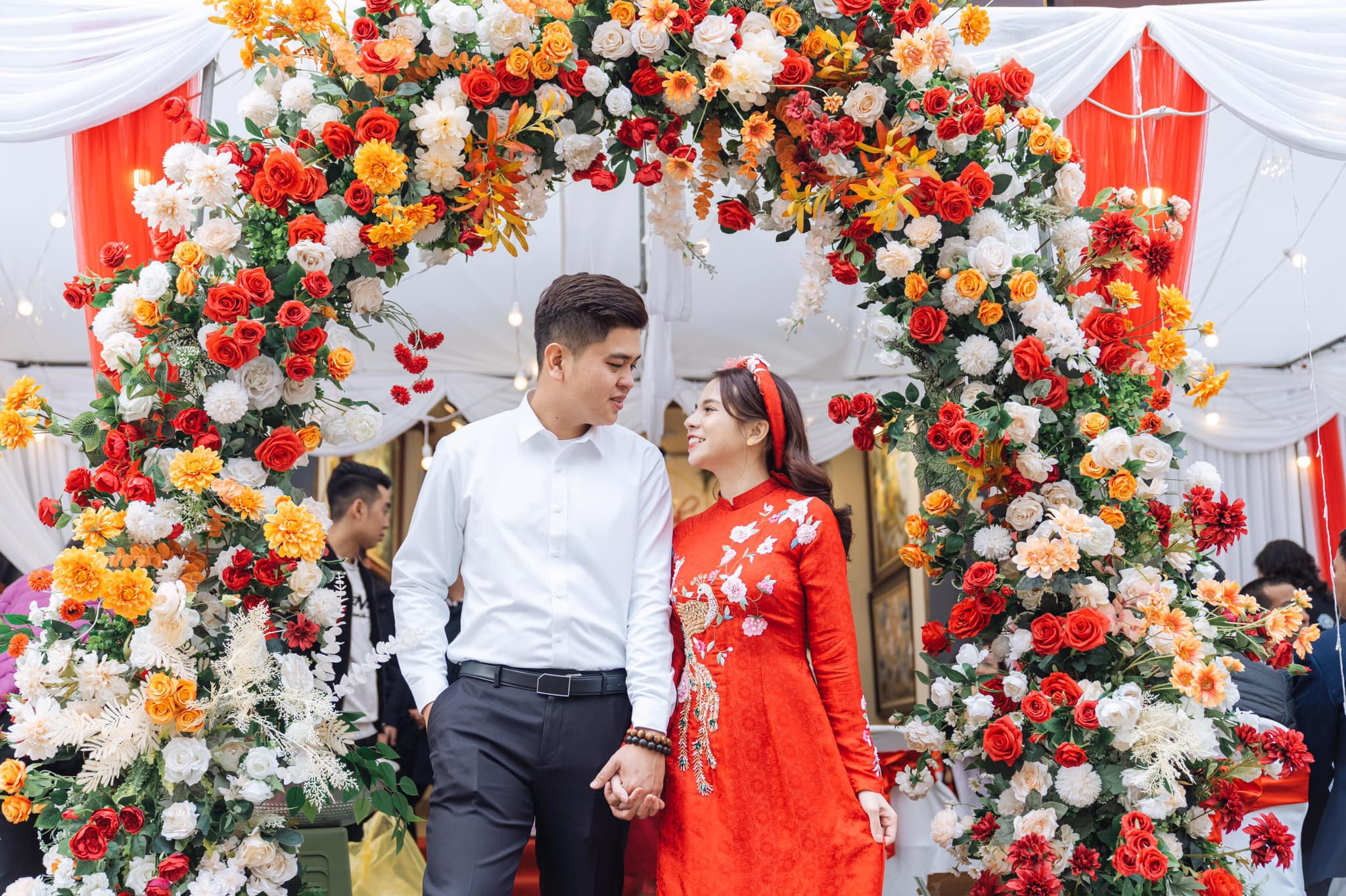 Chuyện tình đẹp trong khu cách ly của chàng y sĩ và cô du học sinh Hà thành - 3