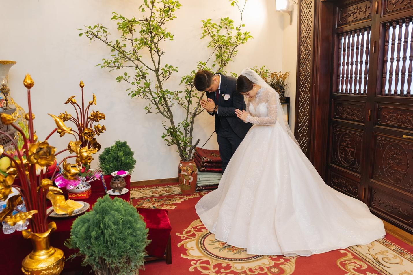 Chuyện tình đẹp trong khu cách ly của chàng y sĩ và cô du học sinh Hà thành - 4