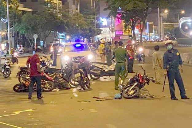 Nghi án tên cướp gặp tai nạn tử vong sau khi giật điện thoại - 1