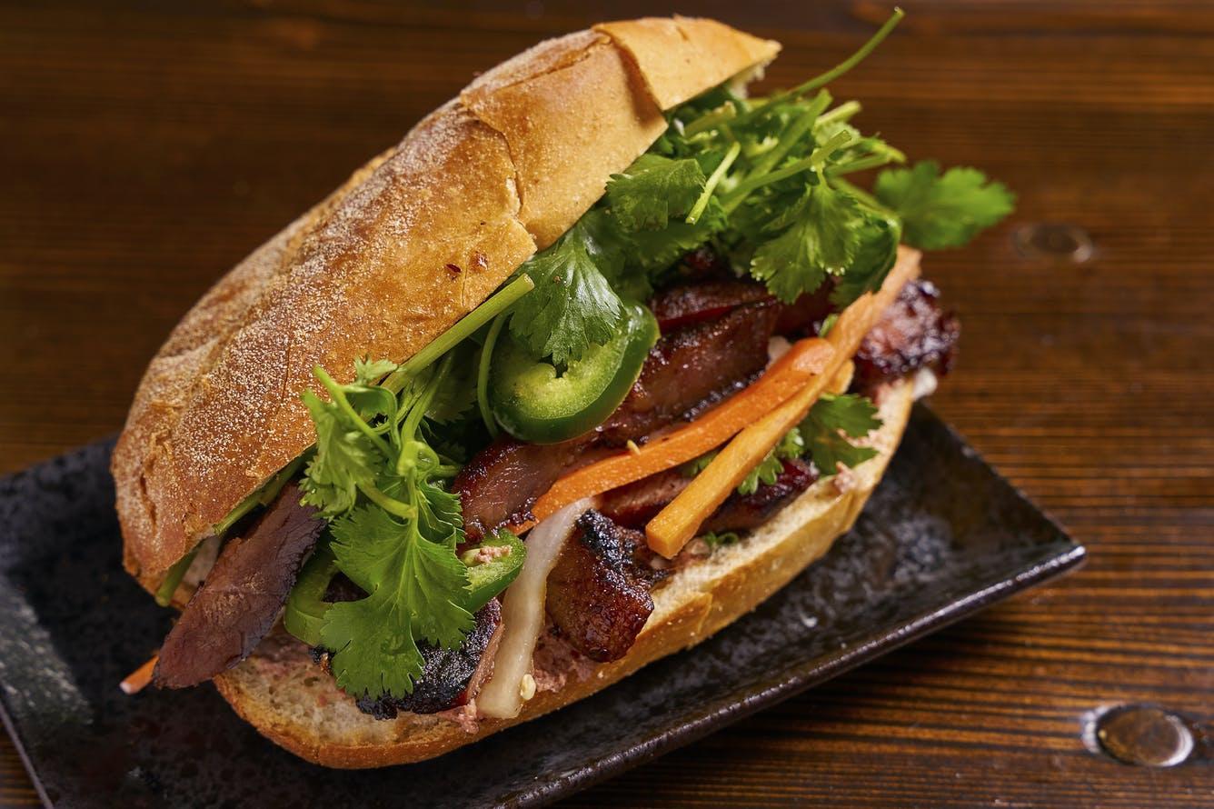 Chảy nước miếng với bánh mì Việt siêu ngon ở New York - 9