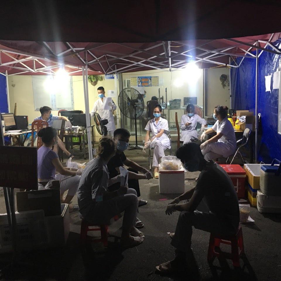 Xuyên đêm xét nghiệm và cuộc gọi 2h sáng tới nữ sinh trường Y ở Bắc Ninh - 7