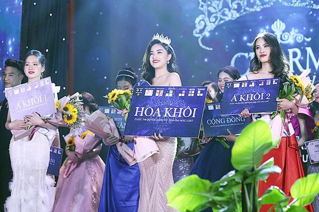 Lật mặt cô gái mạo danh Hoa khôi Đại học Luật Hà Nội - 4