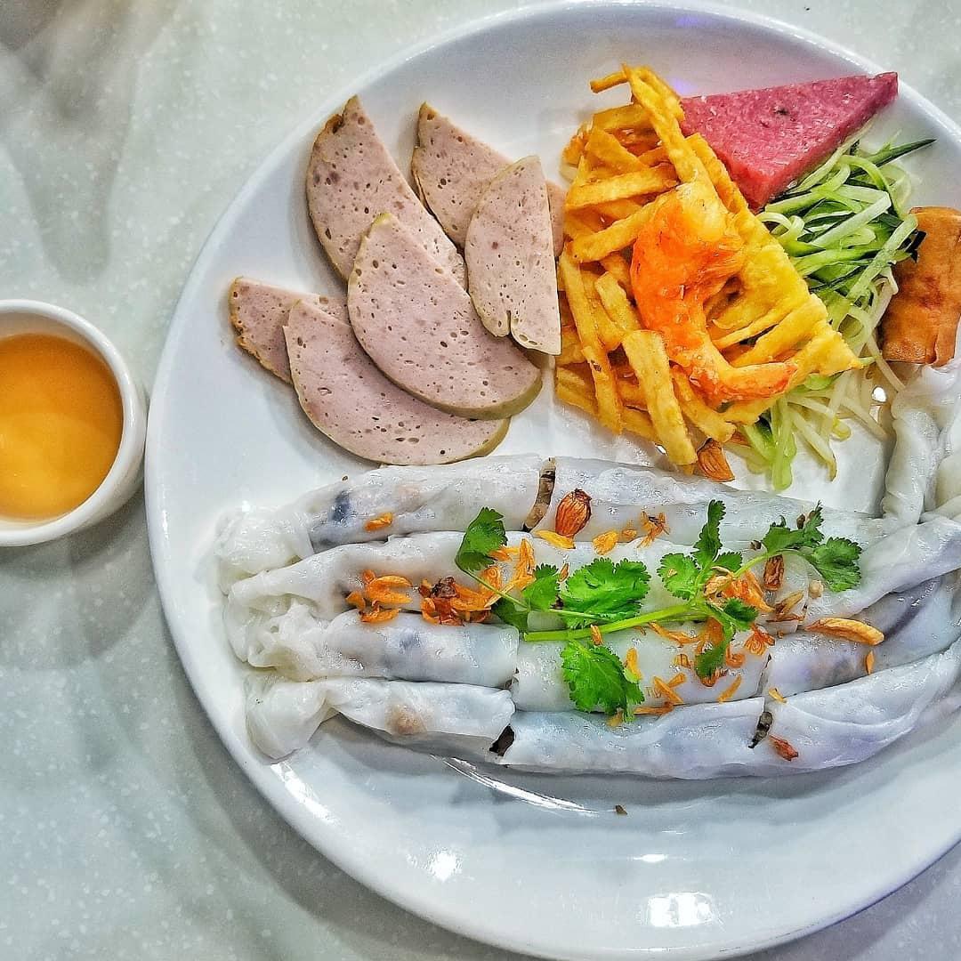 1001 phiên bản của món bánh cuốn Việt Nam khắp ba miền - 7