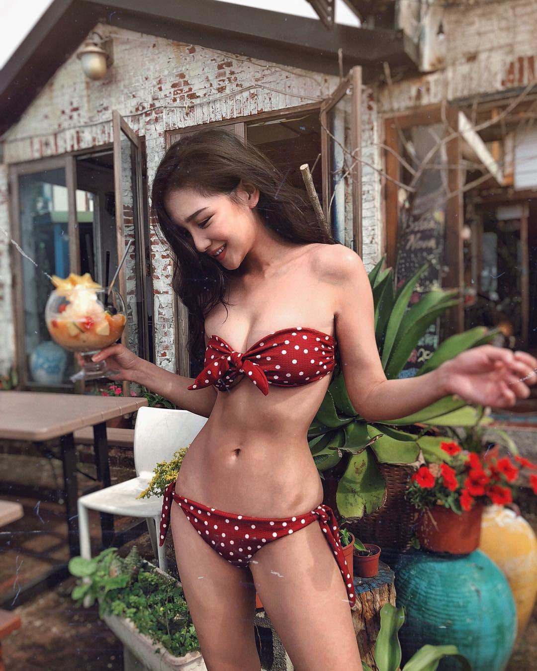 Mỹ nữ Đài Loan sở hữu mặt xinh dáng chuẩn hút mọi ánh nhìn - 12